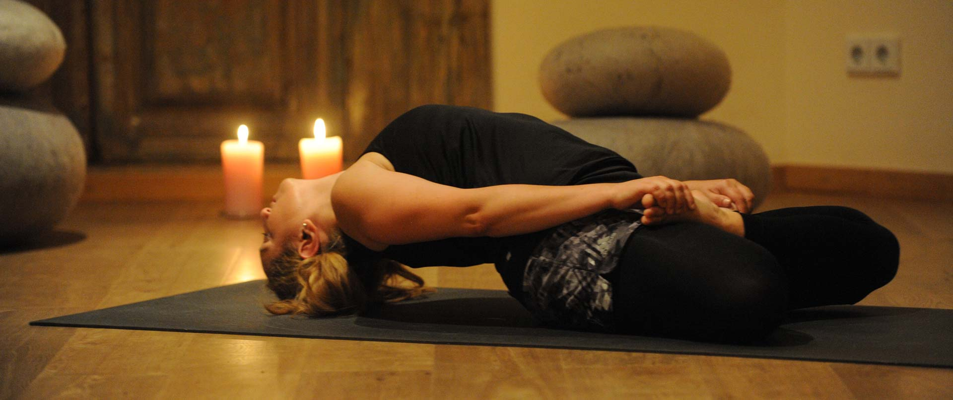 slider_yin_yoga
